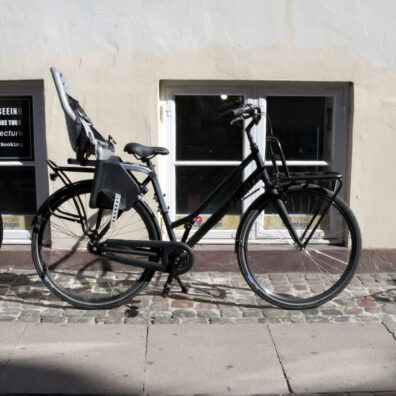 Rent a bike with child seat