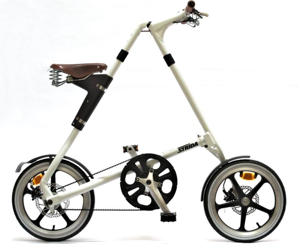 Vi cykler på STRiDA foldecykler på beCopenhagen arkitektur cykelturen